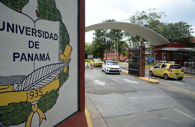 Organismo-Electoral-Universidad-Panama-UP_LPRIMA20160408_0143_35.jpg