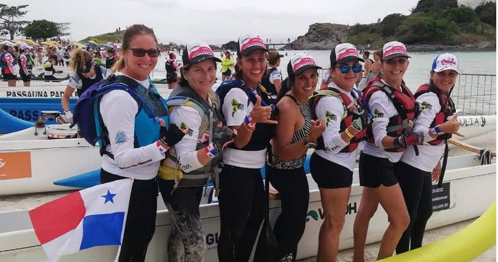 Chicas_botes-1.jpg