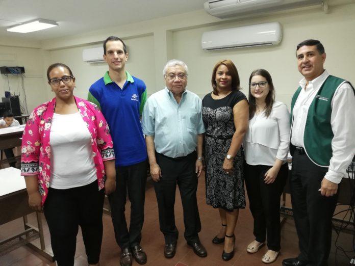 Foto-Voluntariado-1-696x522.jpg